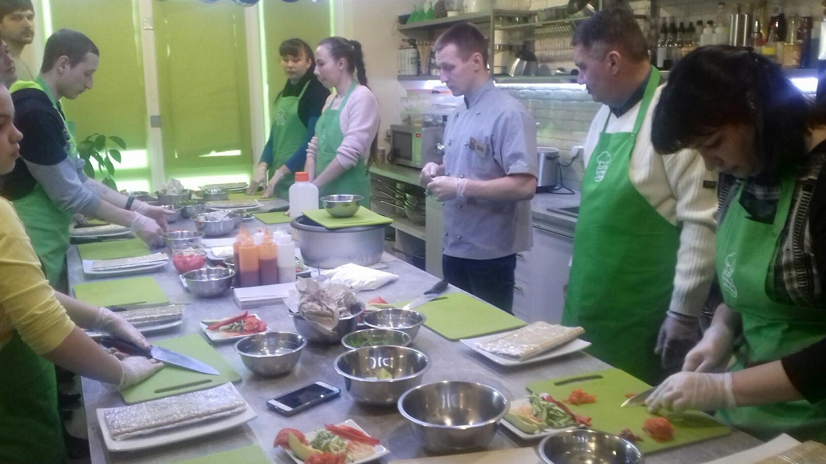 Майстер-клас з  приготування страв японської кухні для людей, що пережили полон та їх родин