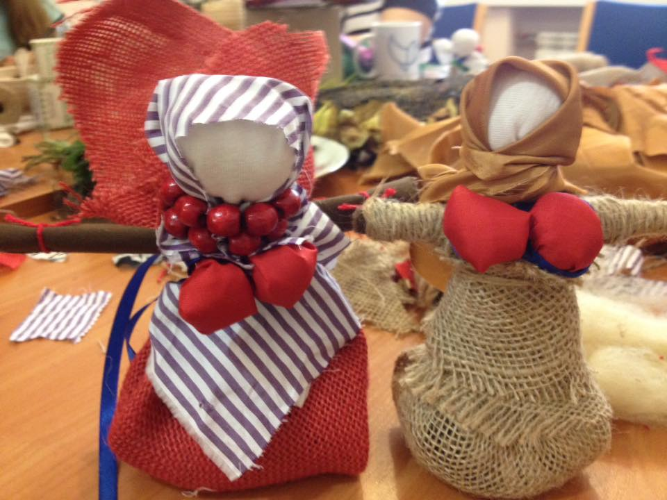 Мастер-класс по изготовлению куклы-травнице для людей, переживших плен