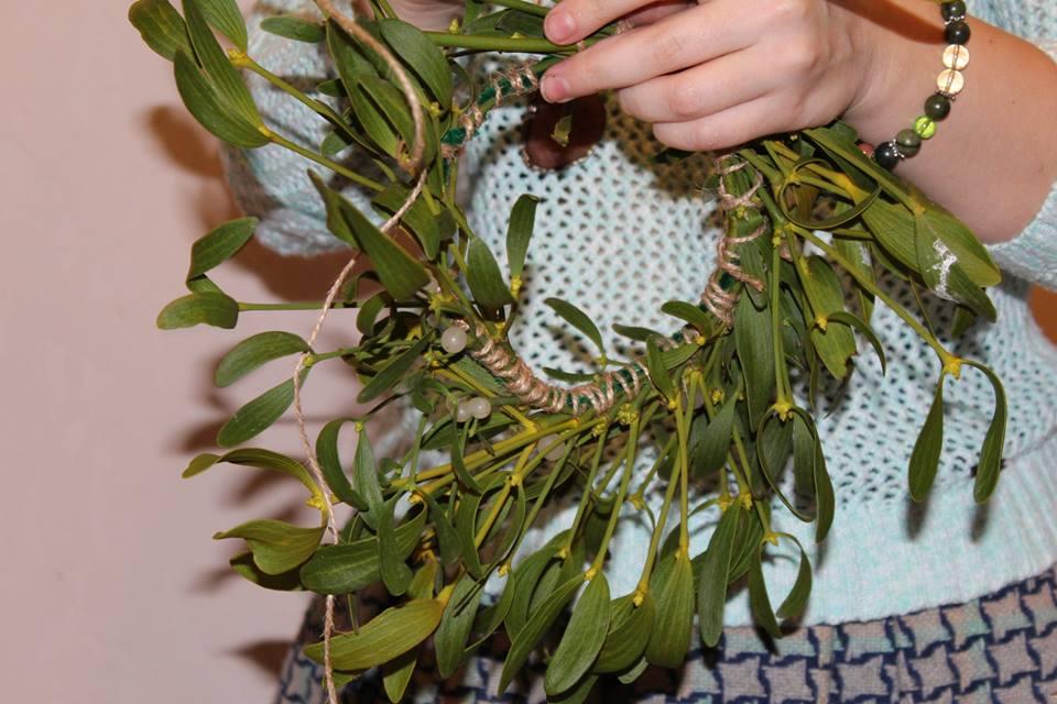 Напередодні Нового року було проведено майстер-клас з виготовлення святкових прикрас